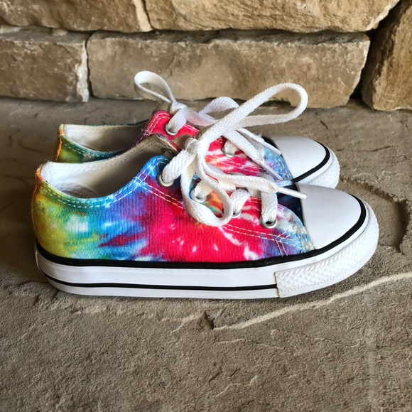 f86ebb31d7ab Converse Other - Chuck Taylor all star converse tie dye low top